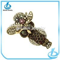 Newest fashion design beautiful flowers hat shape brooch pins