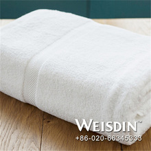 velvet fabric wholesale fabric popular cake towel for weddings