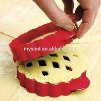 lattice mini pie mold