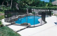 Safety fence for pool