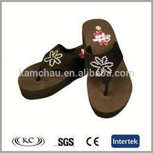 wholesale europe popular brown promotional beach shoe decoration