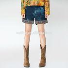Jiqiuguer Autumn latest retro design pockets front medium elastic waist vintage ladies jeans shorts fashion