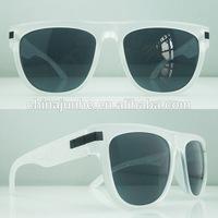 hot sell custom sunglasses rubber tips colored wayfarer style