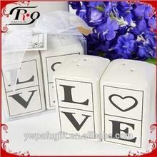 wedding gifts black and white ceramic love salt and pepper shaker