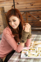 free shipping !Fingerless Gloves Stylish Sensual Looking Button Accent Ladies Woman's