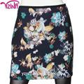 As garotas usam curto mini-apertado saias fotos