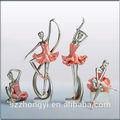 中国のサプライヤーのホットな新製品2014年美しいバレエダンサーの置物、 卸売バレエの置物
