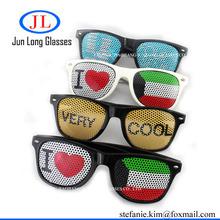 Promo Ad cheap Pinhole sticker wayfarer style sunglasses OEM customized symbol & logo oculos made in china