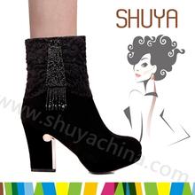 eşsiz bayan siyah inci tarafı kare metal topuklu ayak kiltie İtalyan deri çizmeler