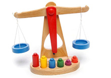 new design 100%handmade natural FSC wooden balance toy for kids,wooden weight scales toys for kids