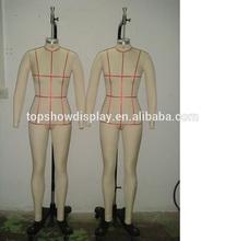 Mujeres de costura del maniquí con plegable hombros
