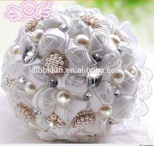Creative handmade gifts wedding love crystal cake topper