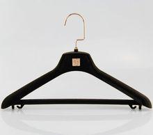 golden hangers hook clothes hangers wholesale in plastic hanger