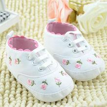 Z82801C 2014 hot sale fashion latest canvas prewalker baby shoes