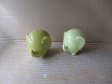 Ceramic light green elephant shape salt and pepper shakers