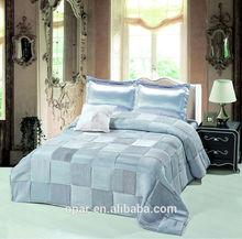Hot sale 2015 Hotel patchwork 5 star workmanship silk duvet cover set /comforter set