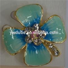 blue lucky flower brooch