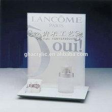 Innovative design acrylic cosmetic display shelf