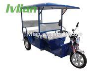 three wheels moped rickshaw