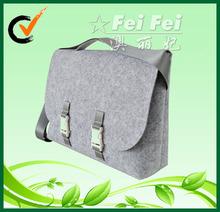 large capacity felt shoulder bag for school bag