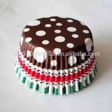 Brown polka dot print cupcake liners, turquoise cupcake wrappers, simple cupcake designs