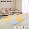 100% pp bricolaje anti- deslizamiento de pelo cortado de alfombras patchwork, con el respaldo de goma alfombras azulejos