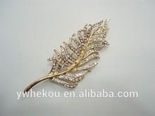 gold leaf shaped rhinestone brooch pin