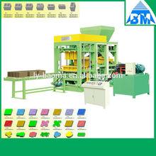 QT4-15 Hydraform solid brick making machine