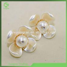 G18 Wholesale Fashion Jeweller Big Pearl Flower Earring