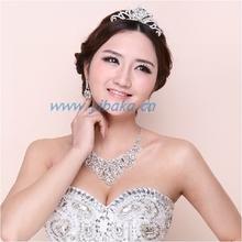 Fashion elegant bridal tiara necklace earring set clear rhinestone delicate wedding set HF83600