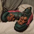ميزات المرأة أحذية قديمة اليدوى