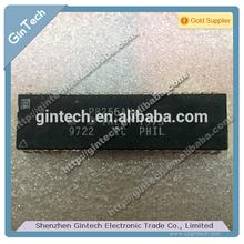 P8256AH DIP-40 10/100 Mbps Platform LAN Connect (PLC)