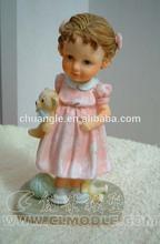2014 fashion pretty cute baby polyresin figure for decoration