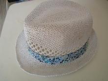 Supply paper twine knitting children's hat