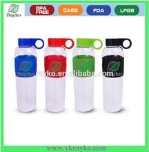 renkli plastik soda şişeleri