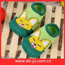 hotsale colorato 100 per bambini in cotone skid resistenza calzino dalla cina copertura calzino monouso