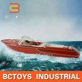 La diversión del verano mando a distancia de grandes yates militar rc camiones remolque del barco con velocidad 10km/h.