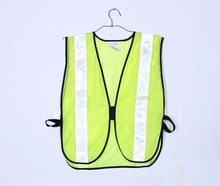 in dark en471 class 2 / ce warning reflective safety vest