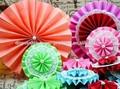 yiwu atacado papel de laço doilies rosetas pinwheel cenário de suspensão leques de papel pendurado decoração de festa de aniversário de casamento dos miúdos