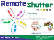 User friendly portable Mini White Plastic Bluetooth Remote Shutter