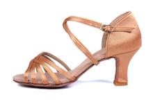 delle donne tacchi alti scarpe da ballo latino