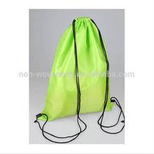 Wholesale reusable promotional polyester drawstring bag for packaging/drawstring bag printed