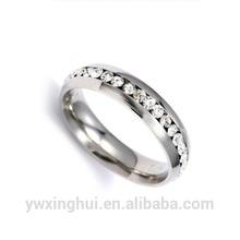 progettare il proprio matrimonio anelli in acciaio chirurgico