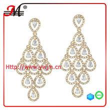 ER4637 New design fashion wholesale elegant gold rhinestone diva earring