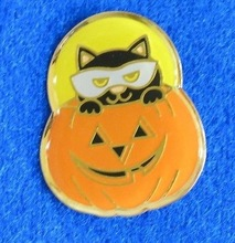 Halloween Pumpkin and Black Cat Lapel pin