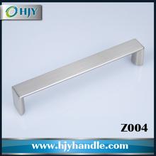 Zamac cast glossy chrome furniture drawer handle pulls