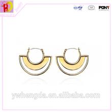 2 gram Small simple gold beautiful deisgned earring designs for women in earrings
