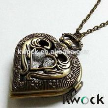 Retro Design Bronze Heart Openwork Cover Cheap Pocket Quartz Watch