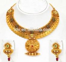 22k gold decorative kasu short necklace