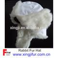 Real sombrero de piel, de piel de conejo, de color blanco